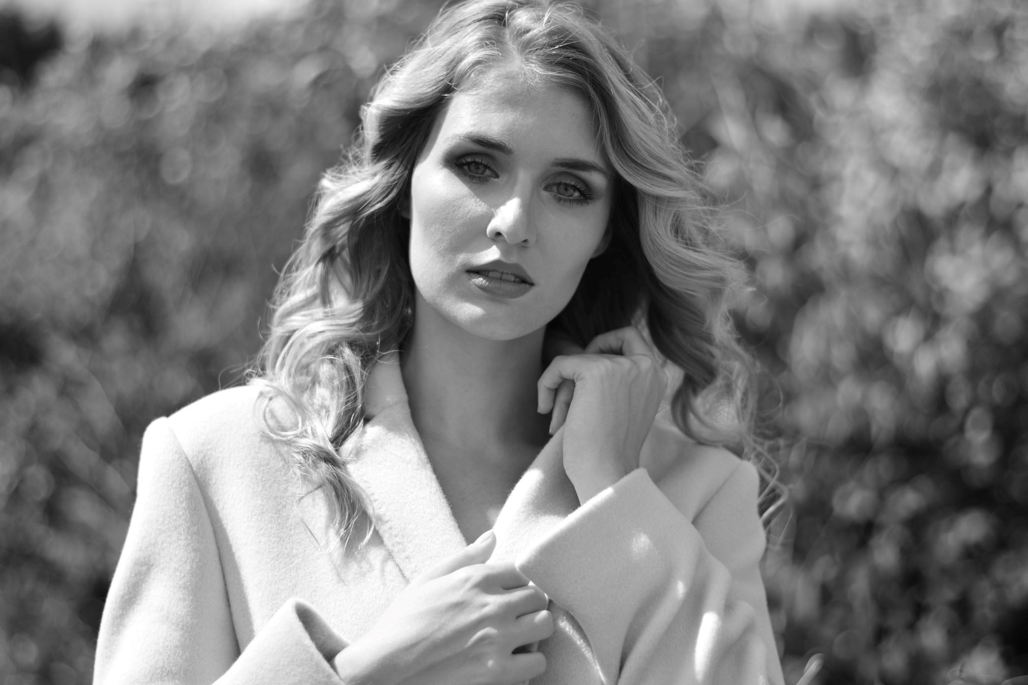 Lady M Autumn/Winter 2019/20 Coats by Maria Fashion
