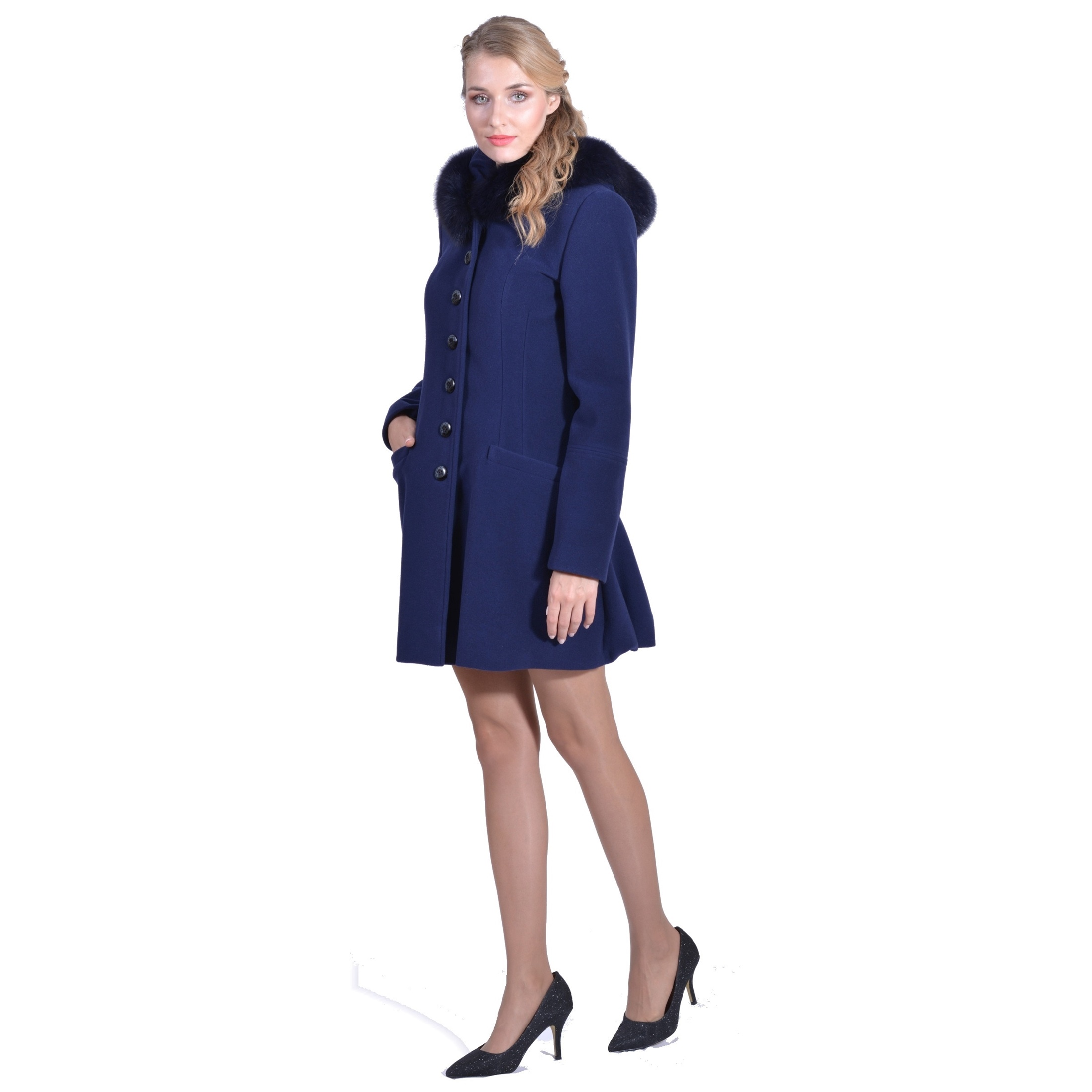 short and modern lady m winter coat with hood, kratki i moderni kaput lady m s kapuljačom
